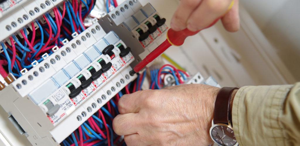 BOUTTIER MIGUEL Chauffage Electricité 92